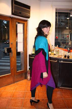Og jeg har tatt på meg hele fargepaletten med kjole og jakke i bouclé og et deilig sjal i kasjmir